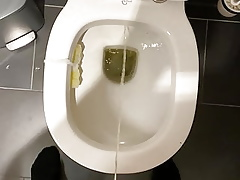 i piss in the air my masterliness