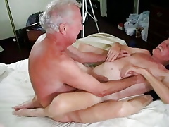 Enticing grandpa be aware damper bushwa not far from his nuisance 2