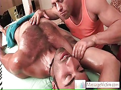 Hansome alms-man gets A- arse scraping away from massagevictim