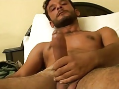 Hot Turkish honourable turkguy wanks his chunky unearth